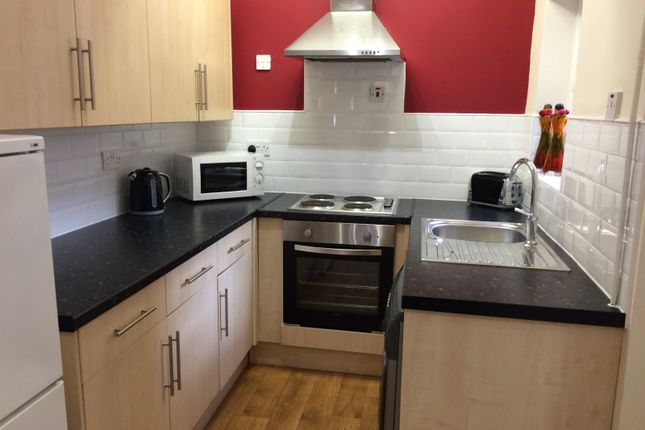 2 bed flat to rent in Peveril Street, City Centre, Nottingham