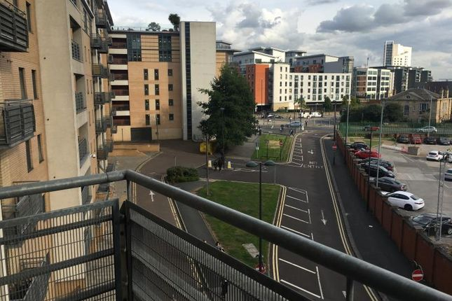 Thumbnail Flat for sale in Bowman Lane, Hunslet, Leeds