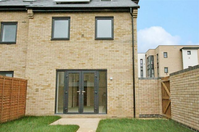 Chieftain Way Cambridge Cb4 3 Bedroom End Terrace House For Sale 44094973 Primelocation
