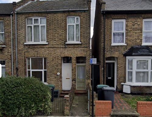 1 bed flat to rent in 36 North Grove, London, Tottenham N15