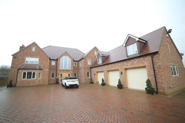 Thumbnail Detached house for sale in Bratton Road, Bratton, Telford