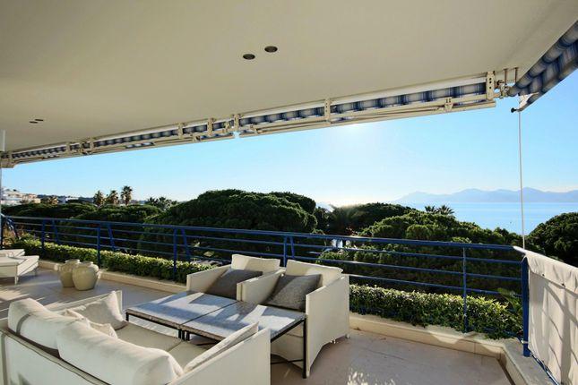 Apartment for sale in Cannes Croisette, Cannes (Commune), Cannes, Grasse, Alpes-Maritimes, Provence-Alpes-Côte D'azur, France