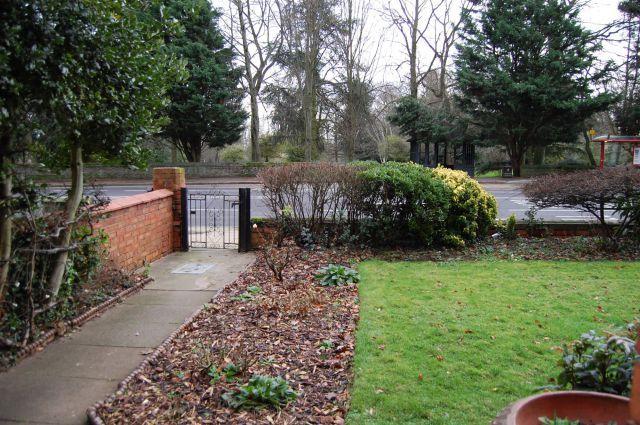 Outside of Wellingborough Road, Abington, Northampton NN1