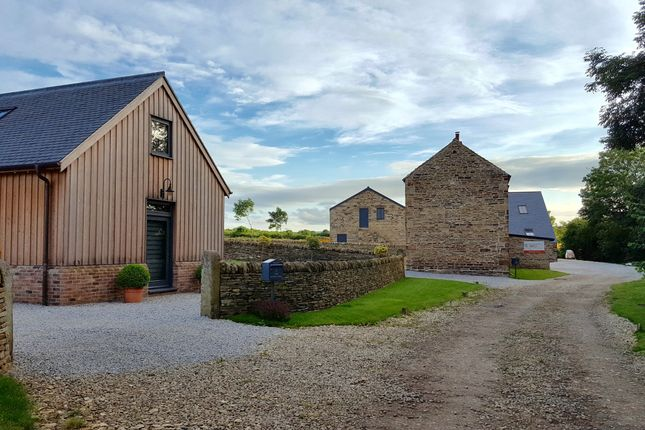 Thumbnail Barn conversion for sale in Dunston Lane, Chesterfield