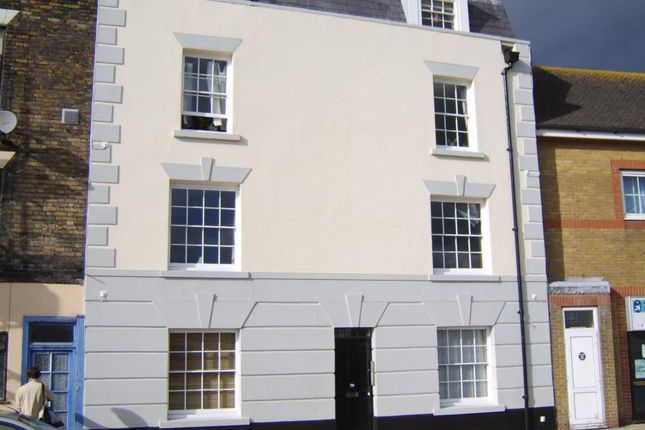 Thumbnail Flat to rent in Snargate Street, Dover