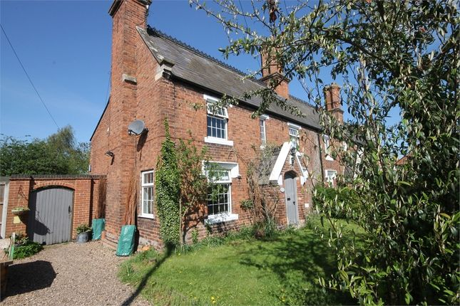 Thumbnail Cottage for sale in Great North Road, Cromwell, Nottinghamshire.