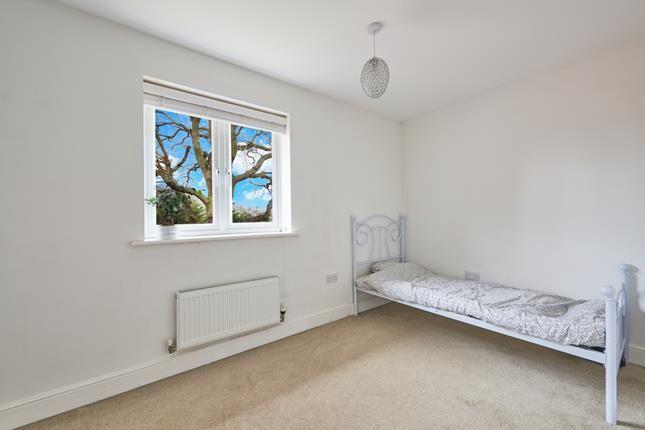 Photo 20 of Dennington Crescent, Basildon, Essex SS14