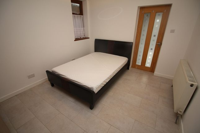 Thumbnail Flat to rent in Furlong Road, Coventry