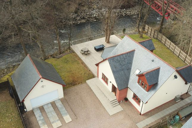 Thumbnail Property for sale in Glenlochy Road, Fort William