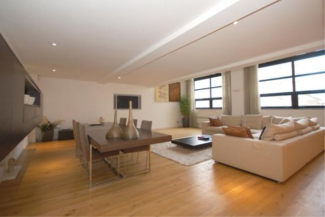 3 bed flat for sale in Dolland Street, Vauxhall