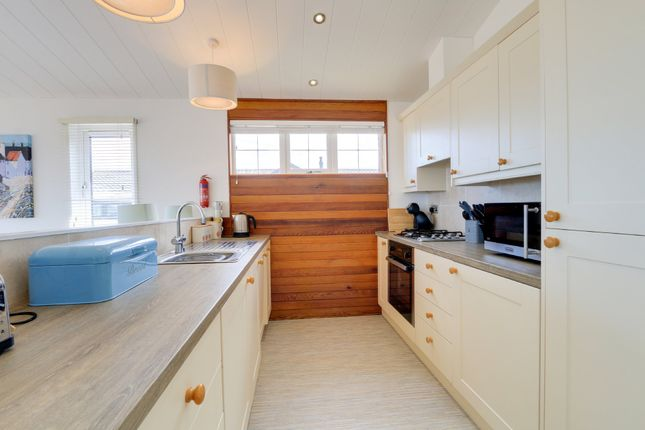 Kitchen of Torquay Road, Shaldon, Teignmouth TQ14