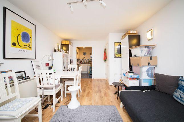 1 bed flat to rent in Atlanta Building, Deals Gateway, Deptford, London SE13