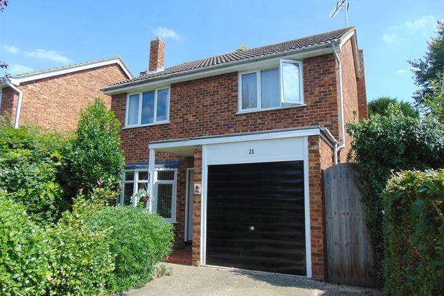 Thumbnail Detached house for sale in Vicarage Close, Shillington, Hitchin