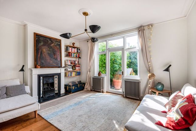 Thumbnail Detached house for sale in Brampton Road, St. Albans