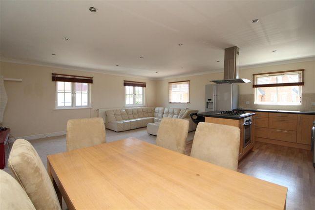 Open Plan Living Area/Kitchen