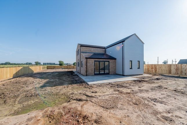 Thumbnail Barn conversion for sale in Hall Road, Outwell, Wisbech