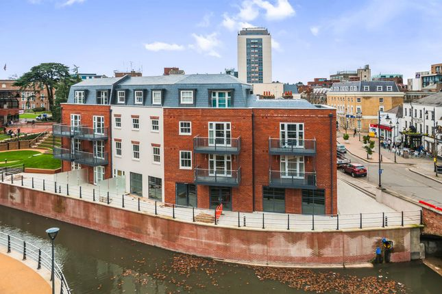 Thumbnail Flat for sale in Barbicus Court, Ray Park Avenue, Maidenhead