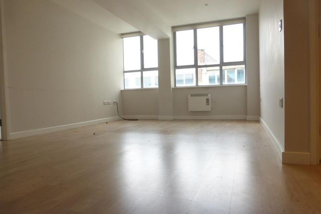 Thumbnail Flat to rent in Princes Street, Ipswich