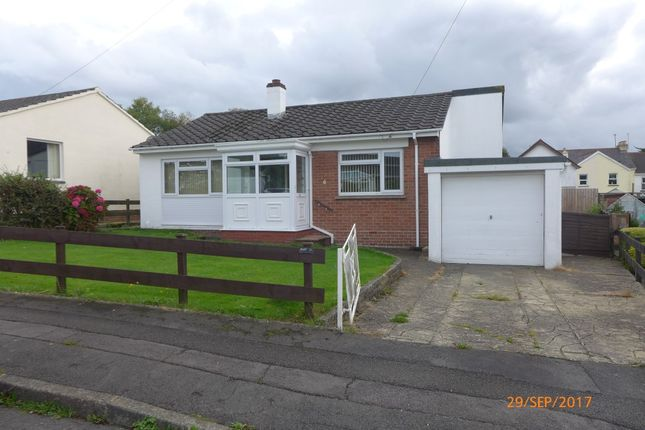 Thumbnail Bungalow to rent in Blindwell Avenue, Kingsteignton