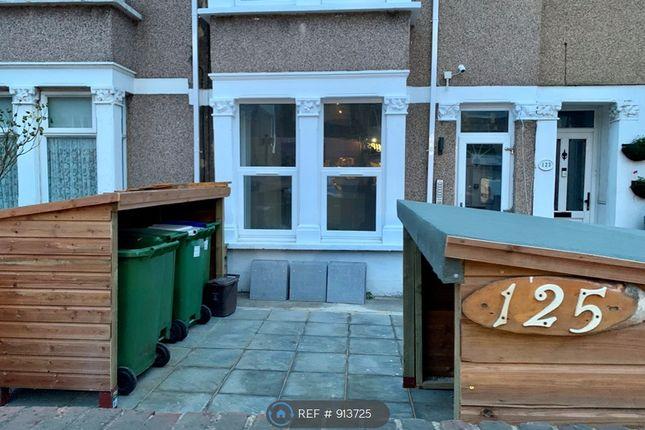 Room to rent in Upper Wickham Lane, Welling DA16
