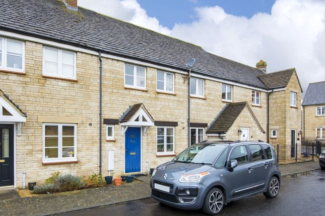 Thumbnail Terraced house to rent in Lavender View, Witney