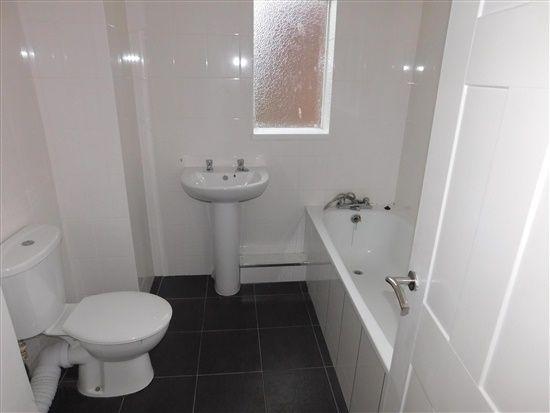 Bathroom of Island Road, Barrow In Furness LA14