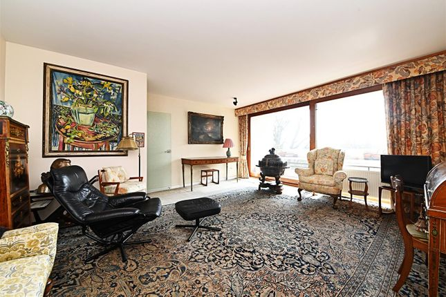 Thumbnail Flat for sale in Southwood Park, Southwood Lawn Road, London