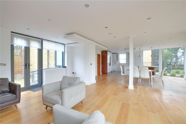 Thumbnail Terraced house to rent in Rushgrove Mews, Rushgrove Street, Woolwich, London