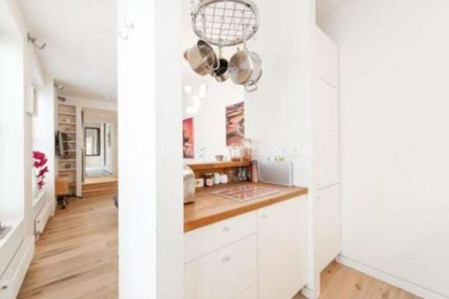 1 bed flat to rent in Gloucester Avenue, London