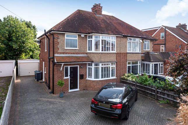 3 bed semi-detached house to rent in High Wycombe, Buckinghamshire HP12
