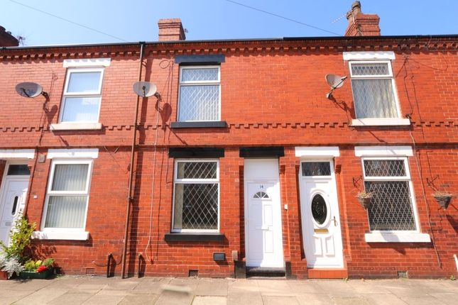 2 bed terraced house to rent in Beatrice Street, Denton, Manchester M34