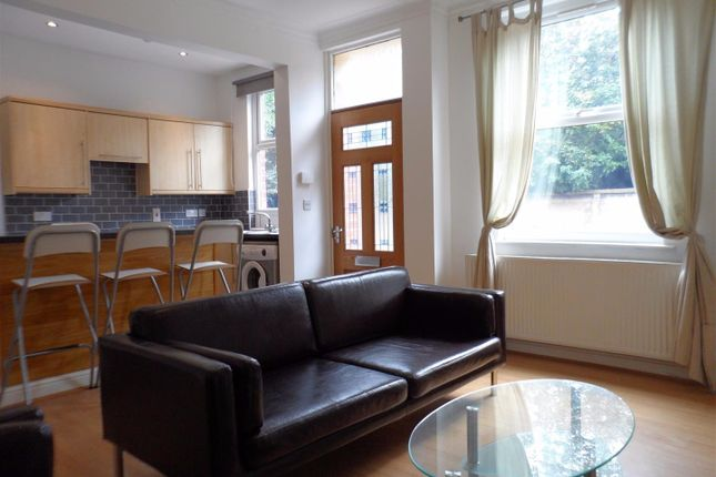 Thumbnail Terraced house to rent in Salisbury Grove, Leeds, West Yorkshire