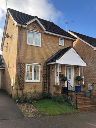 3 bed semi-detached house to rent in Donne Close, Higham Ferrers, Rushden NN10