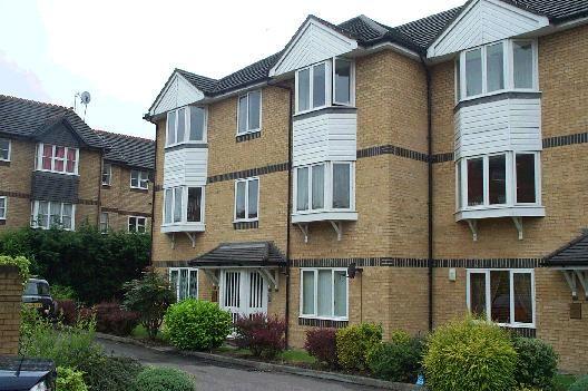 Thumbnail Flat to rent in Rossetti Road, Bermondsey, London