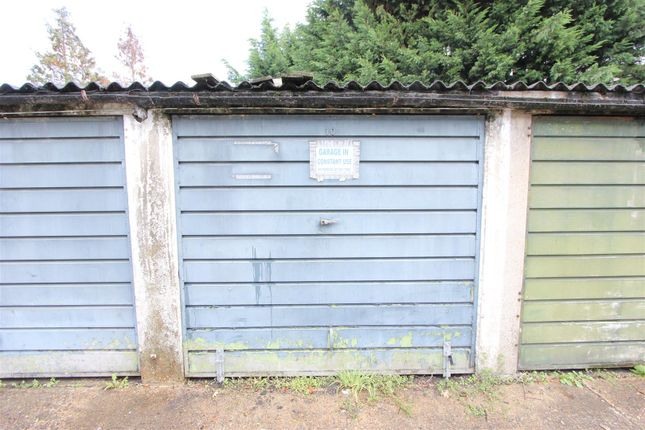 Parking/garage for sale in South Norwood Hill, London