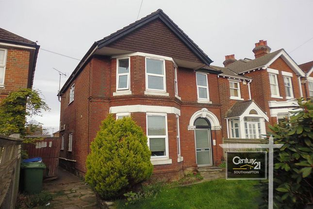 Thumbnail Flat to rent in Ref[F1, 426] Winchester Road, Southampton, Hampshire