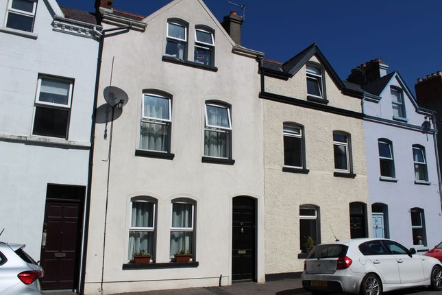 Thumbnail Terraced house for sale in Victoria Road, Bangor