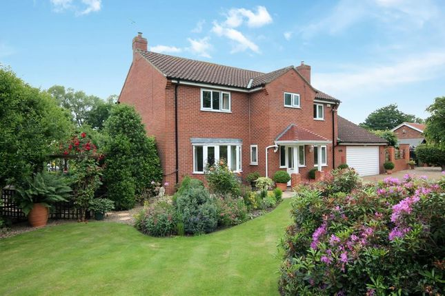 4 bed detached house for sale in Mill Lane, Acaster Malbis, York