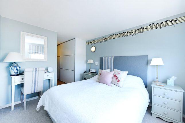 Bedroom of Colorado Building, Deals Gateway, London SE13