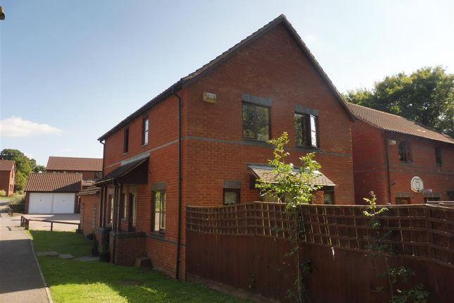 Thumbnail Property to rent in Bignell Croft, Loughton, Milton Keynes