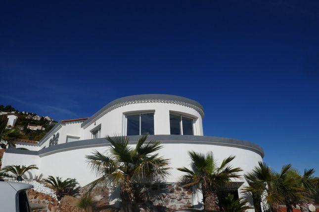 Thumbnail Villa for sale in Le Trayas, 83700 Saint-Raphaël, France