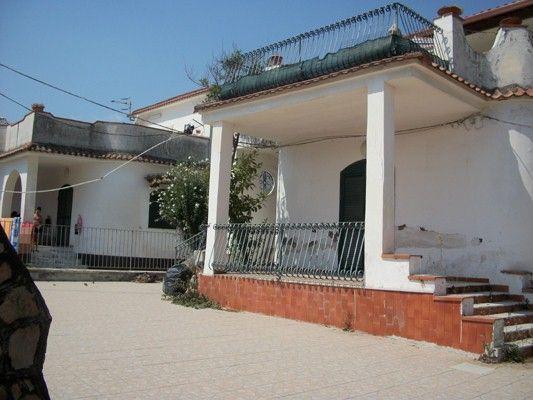 5 bed villa for sale in Pescopagano, Caserta, Campania, Italy