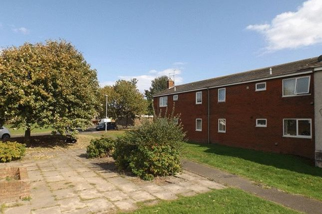 Thumbnail Flat to rent in Simonside Crescent, Hadston, Morpeth