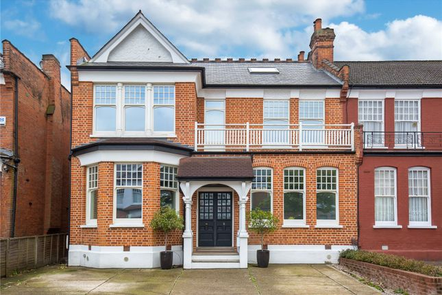 Thumbnail Detached house for sale in Wellfield Avenue, London