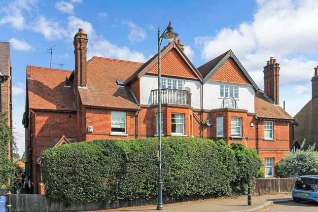 1 bed flat to rent in High Street, Tring HP23