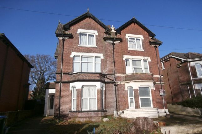 Thumbnail Property to rent in Gordon Avenue, Southampton