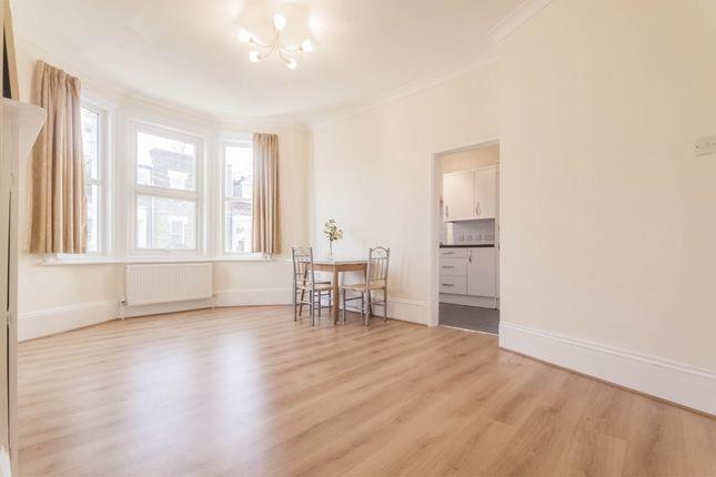 Thumbnail Flat to rent in Brailsford Road, Brixton Hill, London