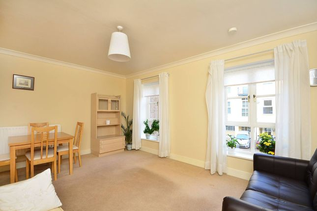 Flat to rent in Dartmoor Walk, Isle Of Dogs