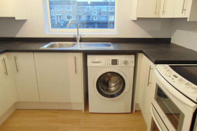 Thumbnail Property to rent in Halsey Drive, Hitchin