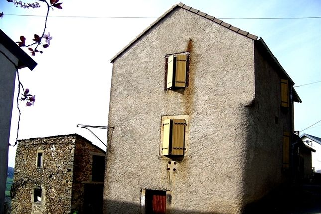 5 bed detached house for sale in Midi-Pyrénées, Aveyron, Saint Sernin Sur Rance